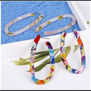 NWT (2) Pairs Resin Hoop Earrings